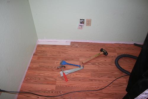 Diy flooring systems installation for Do it yourself flooring