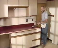Paint kitchen cupboards laminate kitchen design ideas for Can i paint veneer kitchen cabinets