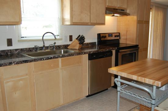 Mobile home kitchen remodel birch cabinets Mobile home kitchen remodel pictures