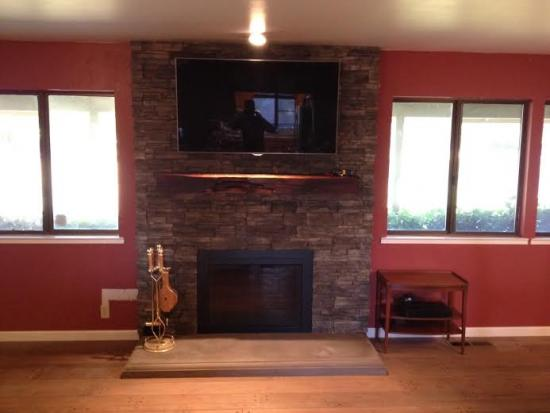 Fireplace Remodel Using Dynamic Mount